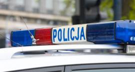 Pijany 52-latek z Torunia wiózł na kolanach swojego wnuka. Doprowadził do kolizji i... uciekł