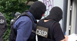 Akcja CBŚP na toruńskim Rubinkowie. Policjanci zatrzymali 35-latka [FOTO]