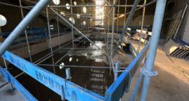 W Toruniu rośnie aquapark za ponad 40 mln zł. Jest już zadaszony [FOTO]