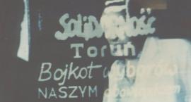 Toruńscy hakerzy przeciwko komunistom