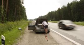 Jak wezwać pomoc drogową?