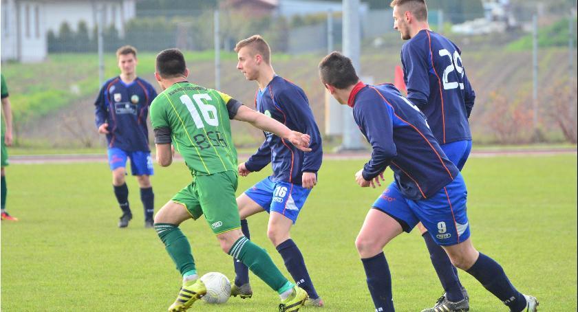 Piłka nożna, Udany tydzień Promienia - zdjęcie, fotografia