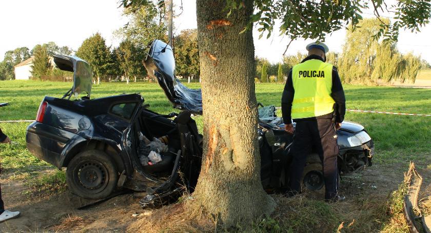 Wypadki, Nietrzeźwy kierowca doprowadził tragedii - zdjęcie, fotografia