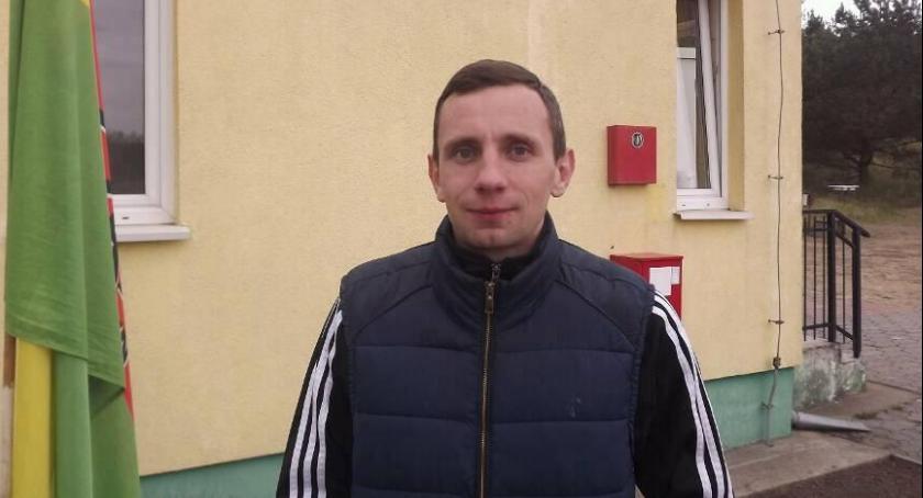 Piłka nożna, trener Iskrze Ciechocin - zdjęcie, fotografia