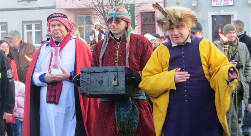 Wydarzenia lokalne, Orszak Trzech Króli Golubiu Dobrzyniu - zdjęcie, fotografia