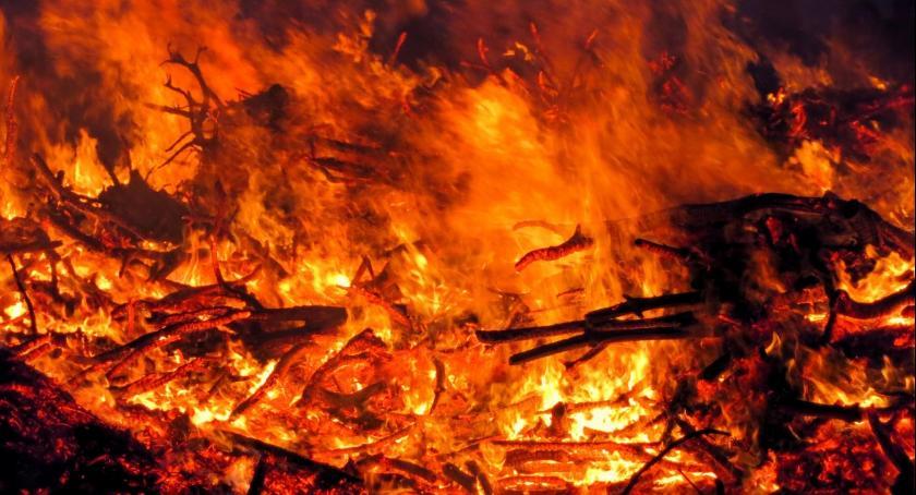Wydarzenia, Pożar szkoły Mlewie - zdjęcie, fotografia