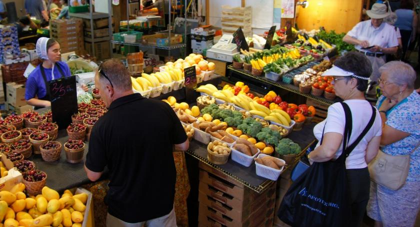 Rynek, bazar grudzie - zdjęcie, fotografia
