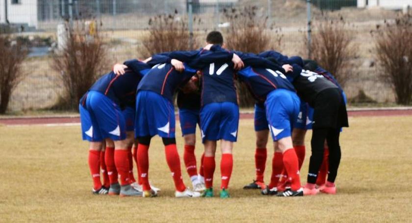 Piłka nożna, Promień Kowalewo Pomorskie znów punktów - zdjęcie, fotografia