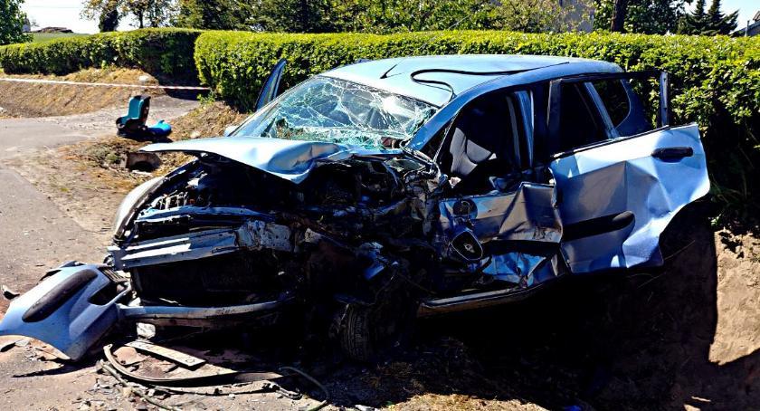 Wypadki, Groźny wypadek Piórkowie - zdjęcie, fotografia