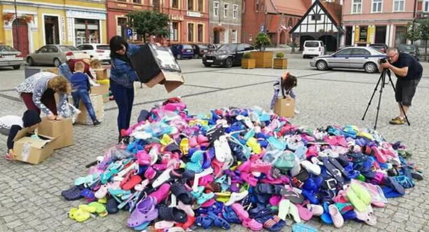 Akcja charytatywna, Zbierali klapki - zdjęcie, fotografia