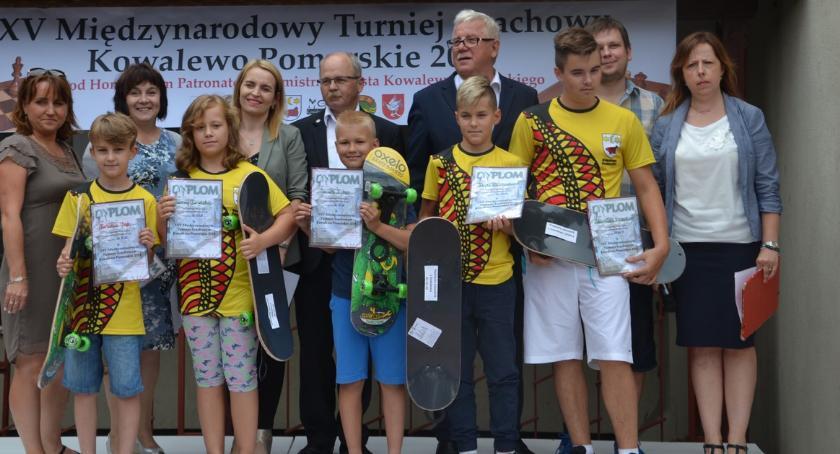 Wydarzenia lokalne, Zacięta walka Międzynarodowym Turnieju Szachowym wKowalewie Pomorskim - zdjęcie, fotografia