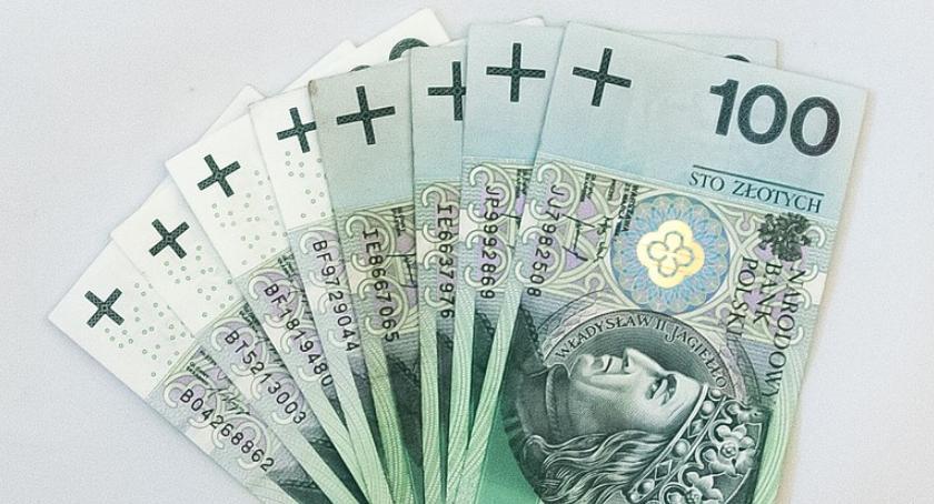 Samorządy Gminne, Spadek Golubia awans Kowalewa - zdjęcie, fotografia