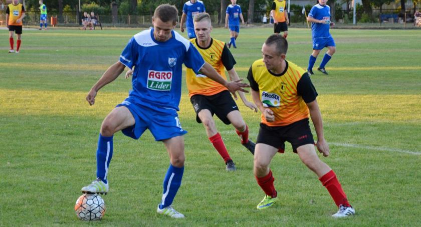 Piłka nożna, Drwęca Golub Dobrzyń mecze punktów - zdjęcie, fotografia