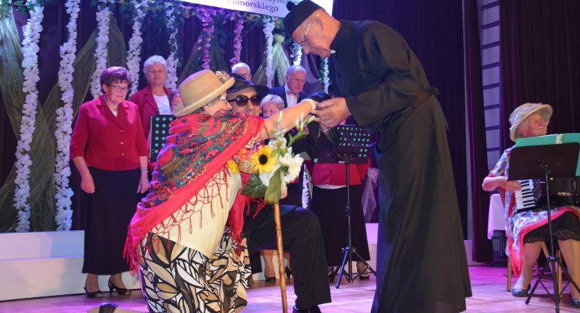 Wydarzenia lokalne, Seniorzy Kowalewa Pomorskiego celebrowali swoje święto - zdjęcie, fotografia