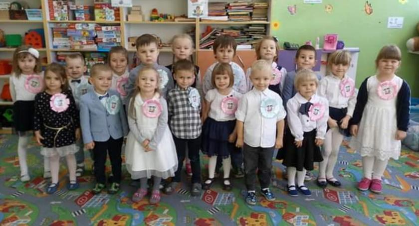 Edukacja, Przedszkolaki Płonnego ślubowaniu - zdjęcie, fotografia