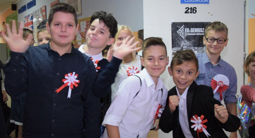 Edukacja, Kowalewskie szkoły świętowały - zdjęcie, fotografia