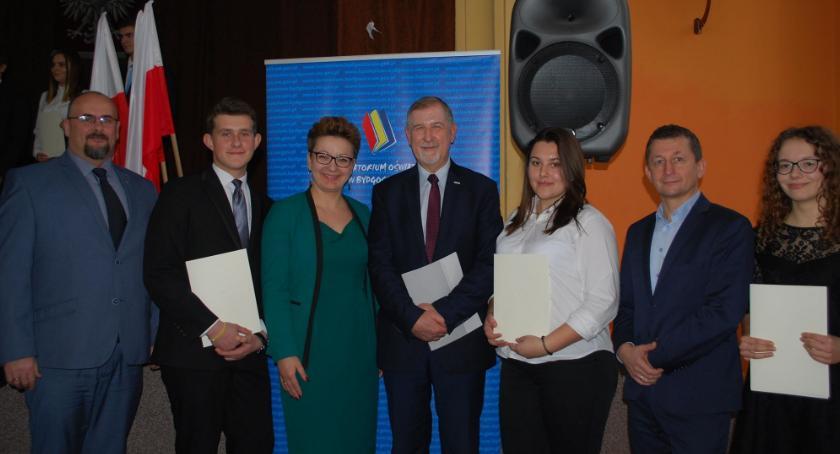 Edukacja, Nagrodzeni przez premiera - zdjęcie, fotografia