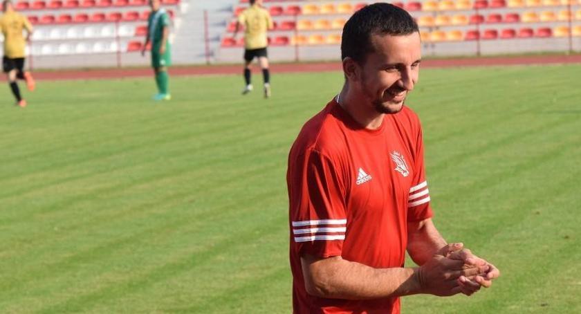 Piłka nożna, Wiosną utrzymamy lidze rozmowa trenerem Sokoła Radomin - zdjęcie, fotografia