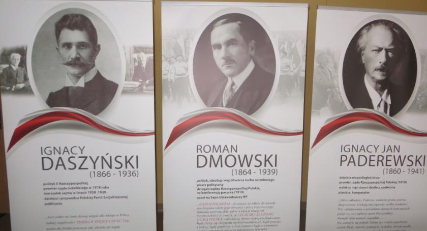 Biblioteki, Wystawa poświęcona niepodległości golubsko dobrzyńskiej bibliotece - zdjęcie, fotografia