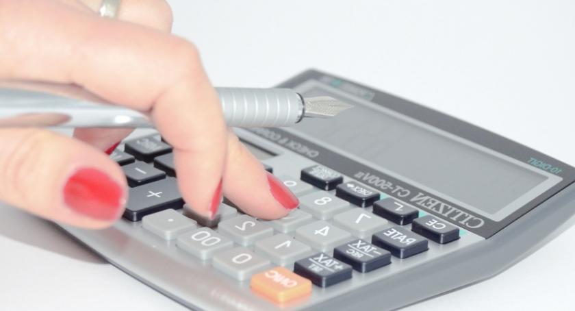 Porady, zwlekaj rozliczeniem podatkowym - zdjęcie, fotografia