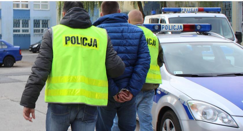 Kronika Kryminalna, Sprawcy kradzieży błyskawicznie zatrzymani - zdjęcie, fotografia