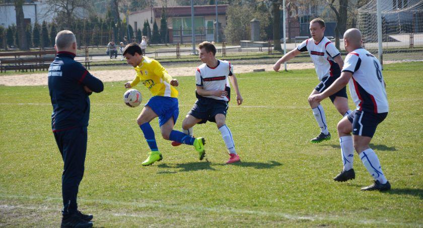 Piłka nożna, Kiepski wynik kiepska Drwęcy - zdjęcie, fotografia
