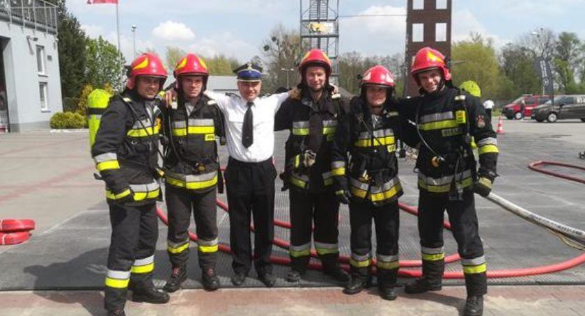 Państwowa Straż Pożarna, Walczyli miano najtwardszych - zdjęcie, fotografia
