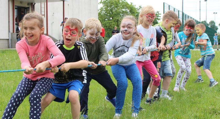 Edukacja, Radominie zdrowy Dzień Dziecka - zdjęcie, fotografia