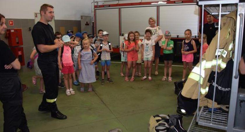 Edukacja, warto strażakiem - zdjęcie, fotografia