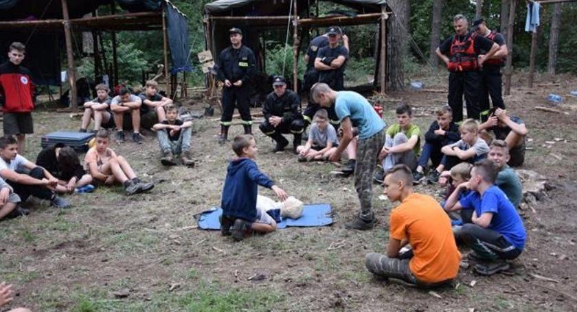 Państwowa Straż Pożarna, Bezpieczni harcerze - zdjęcie, fotografia