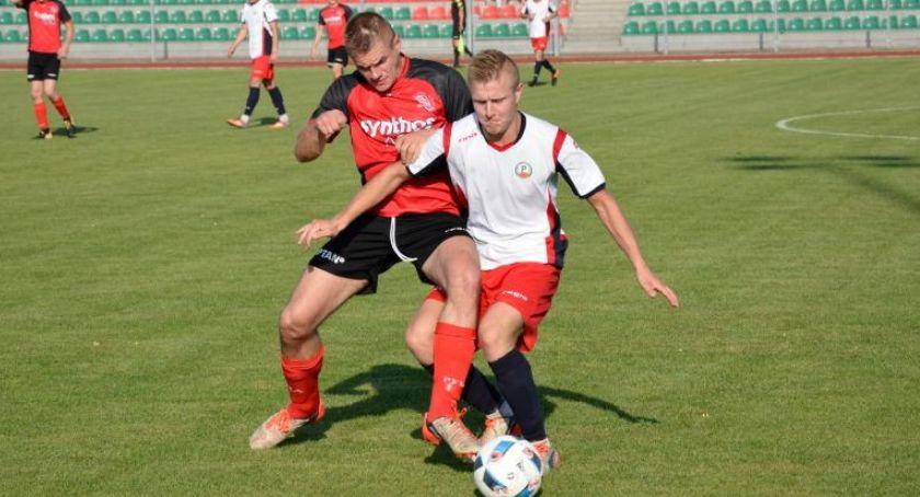 Piłka nożna, Derby powiatu Sokoła - zdjęcie, fotografia
