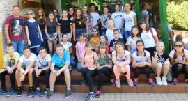 Ekologiczny wyjazd uczniów z Płonnego
