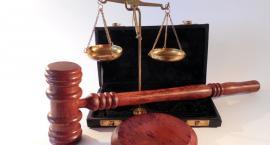 Pijany i bez uprawnień stanie przed sądem
