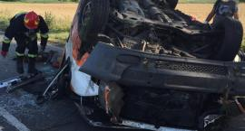 Tragedia w Radominie. Dachowało auto z 5 osobami, jedna nie żyje