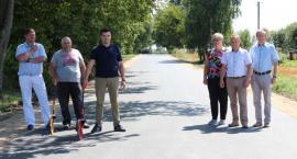 Nowa droga przy szkole w Płonnem