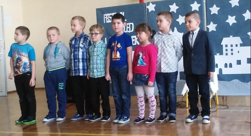 Oświata, Kolędowanie Szkole Podstawowej Jajkowie - zdjęcie, fotografia
