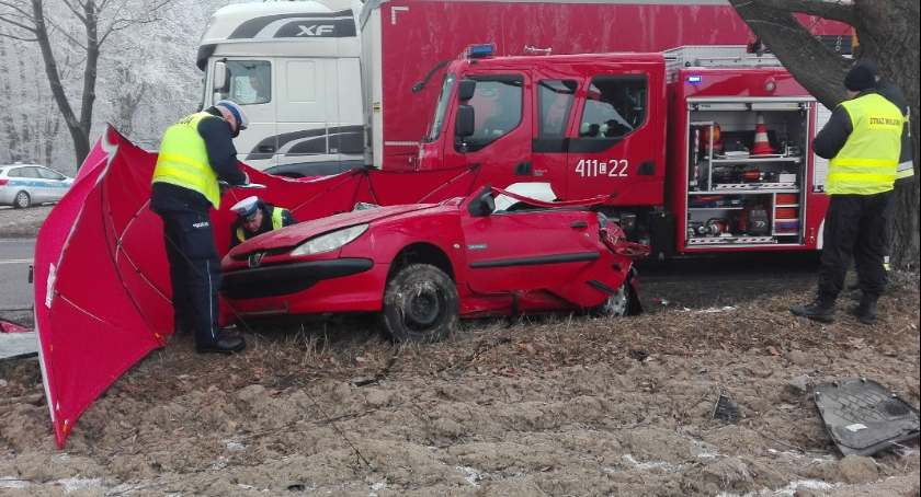 Wypadki, Śmiertelny wypadek Małkach - zdjęcie, fotografia