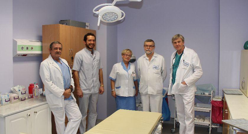 Zdrowie, Szpital rośnie siłę specjaliści - zdjęcie, fotografia
