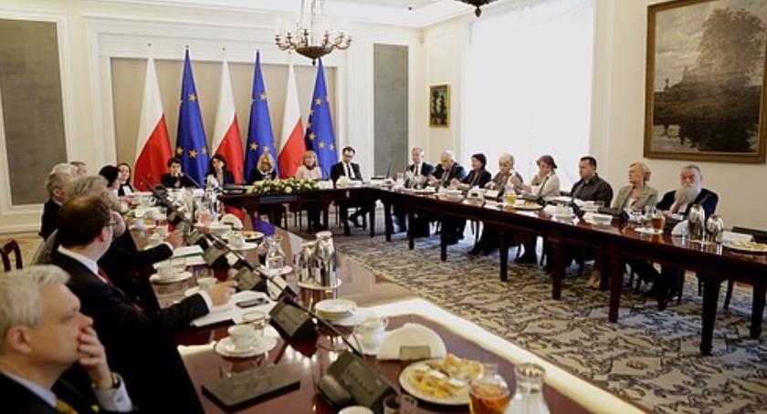 Polityka, Mrozowscy Belwederze - zdjęcie, fotografia