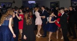 Przetańczyć całą noc - Studniówka I LO w Brodnicy