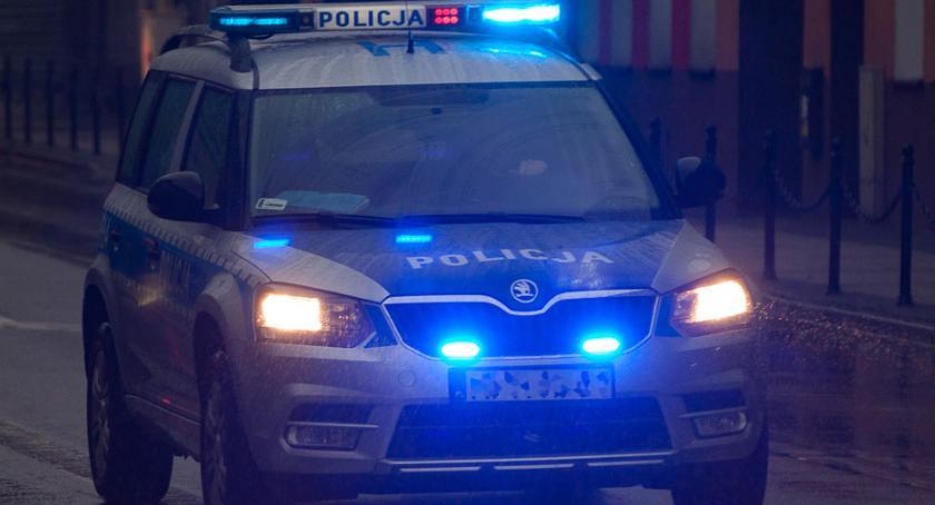 """Osoby poszukiwane, Odnaleziono siedemnastolatkę która zostawiła dziecko """"oknie życia"""" - zdjęcie, fotografia"""