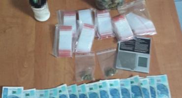 Akcja kryminalnych na Białołęce - zabezpieczone ponad 140 gr środków odurzających