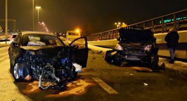 Zderzenie trzech aut na Modlińskiej [ZDJĘCIA]