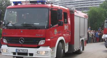 Pożar na Białołęce. Spalony dach oraz część wyposażenia