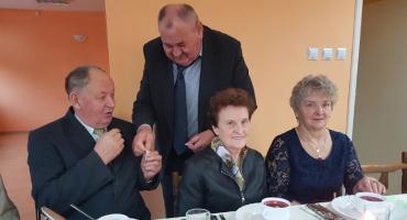 Świątecznie z seniorami w Brzuzem