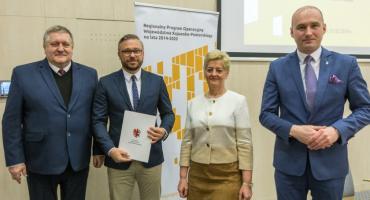 Umowy RPO: inwestycje  i zakupy sprzętu