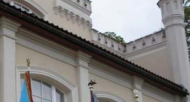 Oszustwa, wydatki i... dzieci. Co stresuje Polaków na wyjeździe? [Nowy raport]