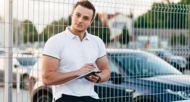 Wynajem auta - jak bezpiecznie wypożyczyć?