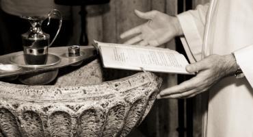 Chrzest za Bóg zapłać? Nie do końca i nie wszędzie