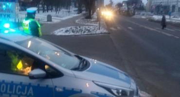 Policjanci przypominają, że właściwe oświetlenie auta zwiększa bezpieczeństwo